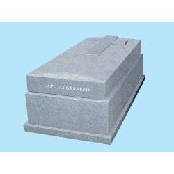 Panteón tapa bombeada en granito Gris Quintana