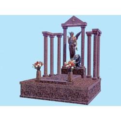 Panteón familiar en granito Rojo Balmoral