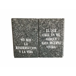 Libro de granito recto